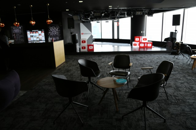 s 7U9A3260 YouTubeスタジオ(YouTube Space Tokyo)ってどんなとこ?料金は?利用条件は?